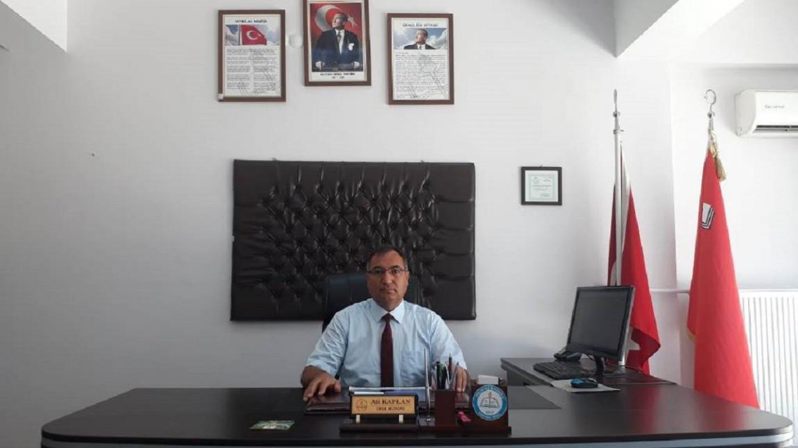 Uzm. Öğrt. Ali KAPLAN - Okul Müdürü